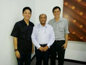 Dato' Seri Nazir Ariff, President of Football Association of Penang (FAP) flanked by Lawrence Loh, Vice President of FAP (right) and an ardent fan